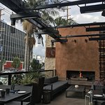 Enjoy outdoor summer dining on the patio at No. 10 Italian Restaurant along 3rd Street in L.A.
