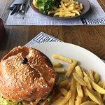 burgers&fries