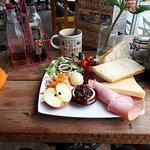 Hector's Shed Ploughman Lunch