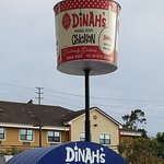 Dinah's Family Restaurantの写真