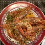 Gambas were delicious, best bread in Porto but best of all refreshingly wonderful service by som
