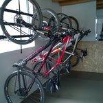 Bici-parqueadero para nuestros clientes