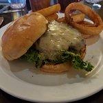 Buglin' Bull Restaurant and Sports Bar ภาพถ่าย