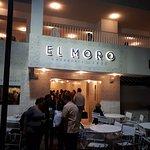 Restaurantes y comercios cerca del hotel (calle Génova)