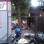 Depan Coffee & Chef dengan berbagai Kopi Nusantara