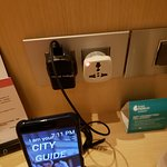 Handy phone to use free and adapter with room
