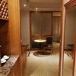 房間在香港來說也算寬敞