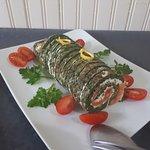Roulé aux épinards et au saumon fumé
