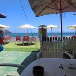 La terrasse sur la mer!