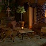 LeSi Restaurant - A sensational musical extravaganza