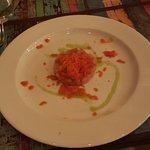 tartare di bosega con peperone arrosto ghiacciato