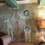 Villa Falugi, Adamo ed Eva secondo Ghizzardi