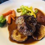 International a la carte - Another amazing steak!