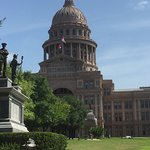 州议会大厦照片