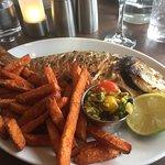 The Waterfront Fishouse Restaurant ภาพถ่าย