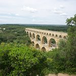 A good view of the aqueduct from the bank.