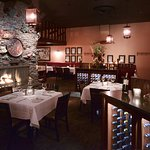 Ringside Steakhouse resmi