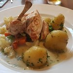 Lovely Chicken with Potatoes and veg, and a smooth source.