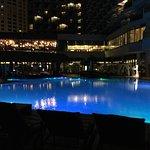صور لفندق الهيلتون من الداخل ومن الخارج ومن الشرفة