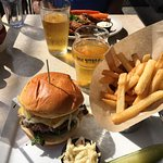Foto van Whistling Willie's American Grill
