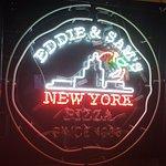 Foto de Eddie & Sam's NY Pizza