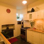 Evelyn Homestead at Willunga kitchen