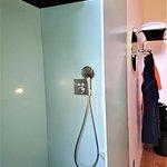 magnifique,douche italienne de la chambre 34