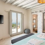 Superior Suite with Sea View and Outdoor Hot Tub