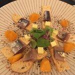 Lomos de sardina con toque ahumado y gominola de aceite de oliva