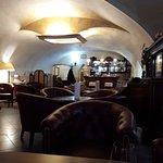 Bar Lounge.