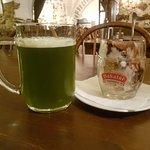 Зеленое пиво и пивное мороженое