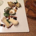 Dessert : kaasplankje met 2 geitenkaasjes en young buck kaas