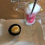 Castillo Gorraiz Hotel Golf & Spa Photo