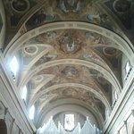 Interno cattedrale con vista organo