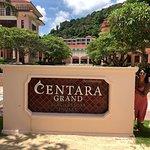 Foto de Centara Grand Beach Resort Phuket