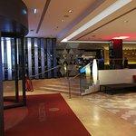 โรงแรมเอ็นเอช เบอร์ลิน ฟรีดริชชตาร์ส ภาพถ่าย
