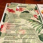 Paddles Restaurant ภาพถ่าย