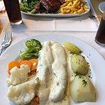 Uzonj Restaurante-Grill ภาพถ่าย