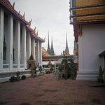 卧佛寺照片