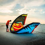 Learn how to properly set up the gear during the Ground Session kiteboarding lesson.
