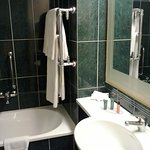 Hilton Garden Inn Rome Airport Photo
