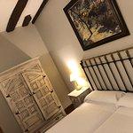 Hotel Via Leon Photo