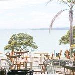 Positioned above Takapuna beach Regatta boasts majestic sea views across to Rangitoto Island