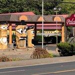 Palace Inn & Suites Foto
