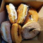 Zdjęcie Neil's New York Style Donut