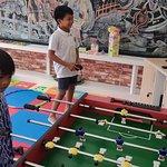 Kids Zone dilengkapi dengan permainan yang disukai anak-anak