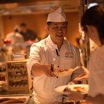 【OPEN1周年】料理長厨房ビュッフェ青海波で味わう極上のリゾートビュッフェ