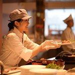 【調理長厨房ビュッフェ青海波】あなたのための「ひとさら」をおつくりいたします。