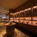 ソムリエセレクトの厳選ワインや地酒とお料理のマリアージュで新体験を。