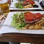 Porto Grill Piraeus ภาพถ่าย